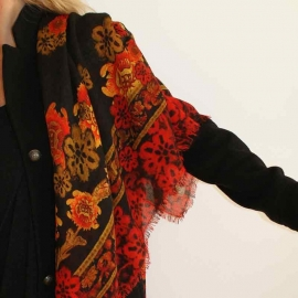 Petrusse Wool stole - The Rudolf Nureyev Collection