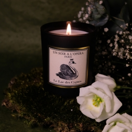 THE SWAN LAKE - White flowers candle
